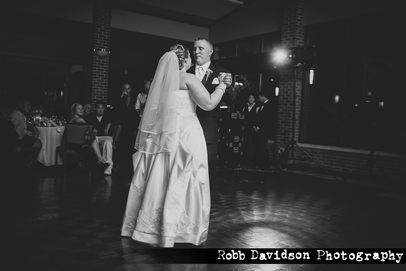 How To Tell If A Website Is Legit >> Travis and Jennifer Traub Had an Amazing Cantigny Wedding, and Made some Civil War Friends ...